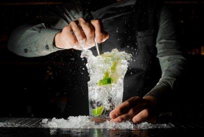 אוכל טוב ואלכוהול איכותי