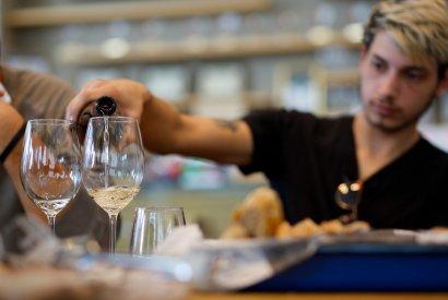 סדנת יין למתחילים - בר מאסטר