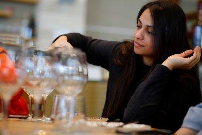 סדנת יין וגבינות - בר מאסטר
